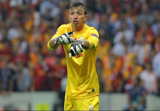 Galatasaray can beat Schalke, insists Muslera