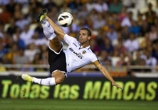 Move over David Villa: Roberto Soldado is becoming Spain's best centre-forward