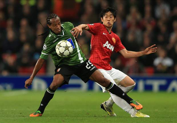 Manchester United sweating on Kagawa but Lindegaard fit for Chelsea clash