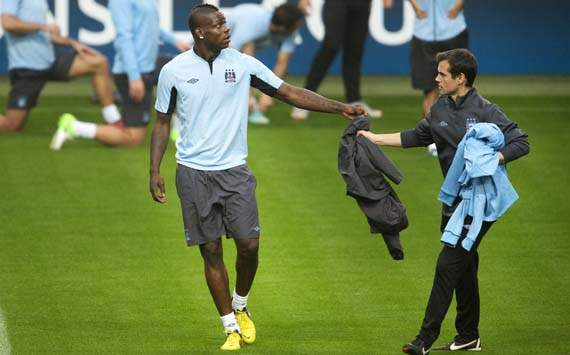 Balotelli is not leaving Manchester City, insists agent