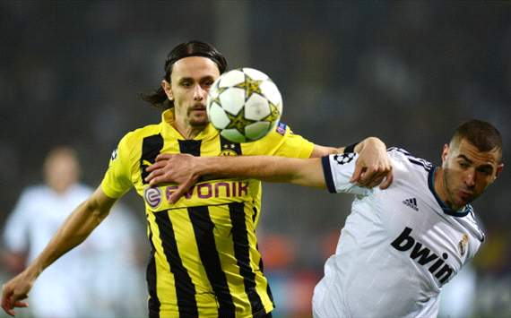 Subotic to sign Borussia Dortmund extension until 2016