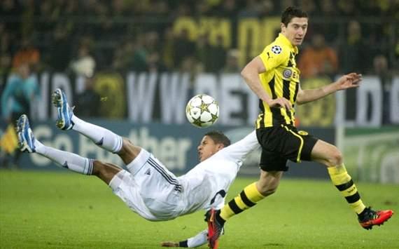 Raphael Varane, Robert Lewandowski - Borussia Dortmund v Real Madrid - UCL