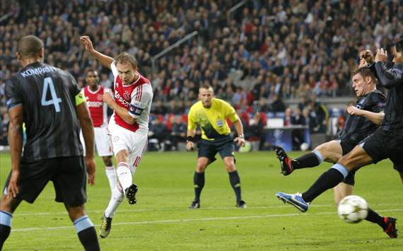 Manchester City defender Richards blasts Mancini's 3-5-2 system after Ajax defeat