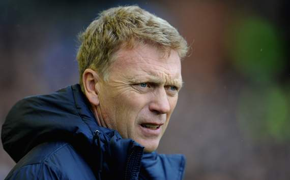 Everton boss Moyes bemoans Premier League officiating