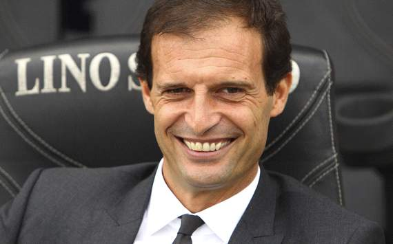 Galliani offers Allegri backing