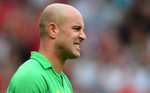Reina tops Arsenal shortlist as Wenger targets new keeper in January