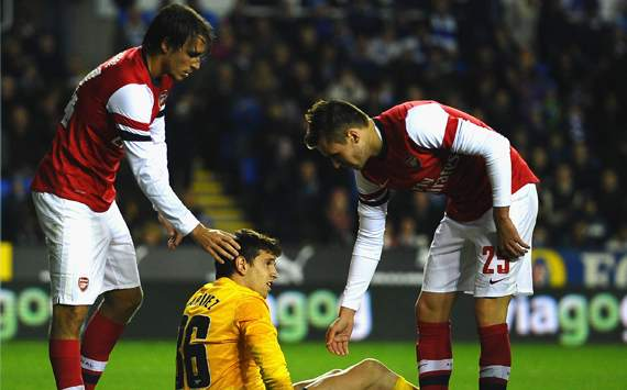 Capital One Cup - Reading v Arsenal, Damien Martinez, Miquel Ignasi and Carl Jenkinson