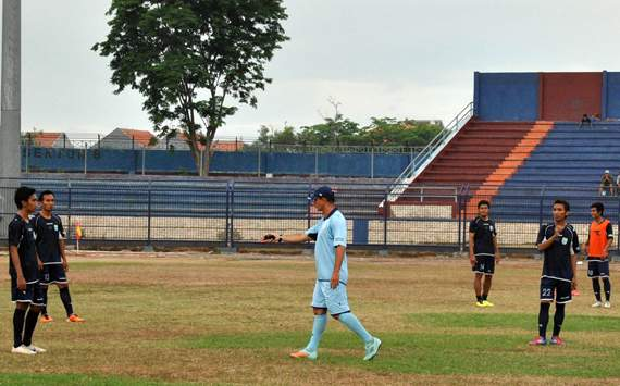 Sambut IIC 2012, Persela Matangkan Skuat
