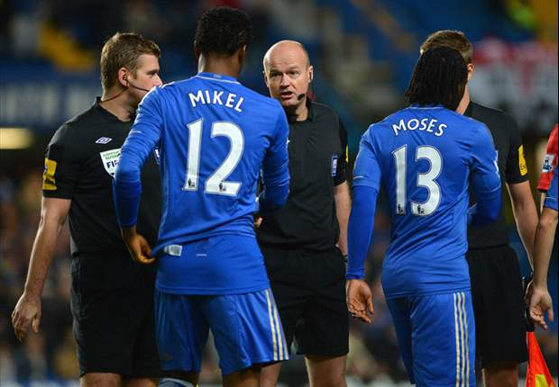 Di Matteo backs decision to play Mikel against Manchester United