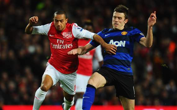 EPL - Arsenal v Manchester United, Theo Walcott and Michael Carrick