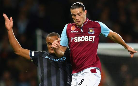 Andy Carroll Puji Skema Permainan West Ham United