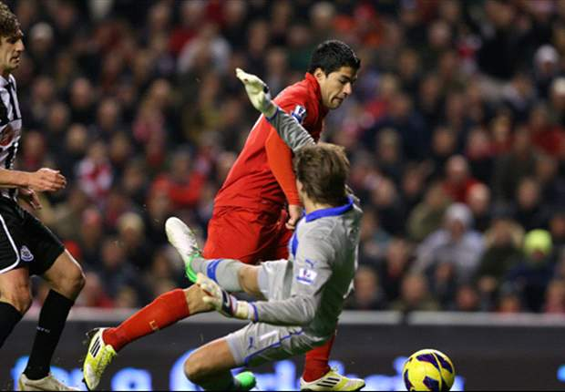 Rodgers hails 'world class' Suarez after fantastic Liverpool equaliser