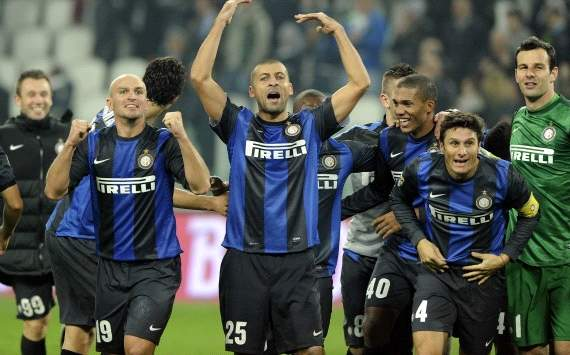 Inter players celebrate after the victory against Juventus