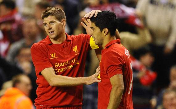 Liverpool forward Suarez hails 'hero' Gerrard