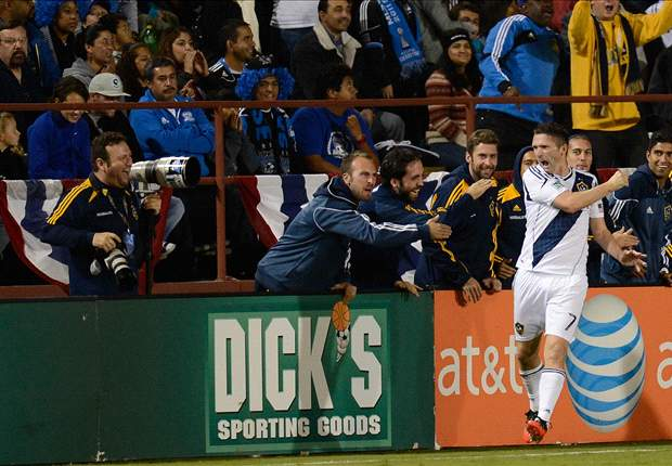 Ball bounces LA's way in fifth California Clasico