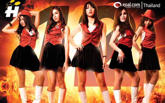 12th: Heat it Up! Girls...