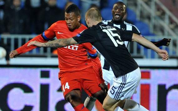 Fredy Guarin against Ivan Ivanov - Partizan-Inter