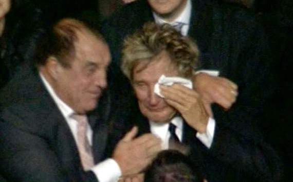 Rod Stewart llora por triunfo del Celtic