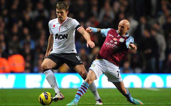 Epl, Aston Villa v Manchester United, Michael Carrick, Stephen Ireland