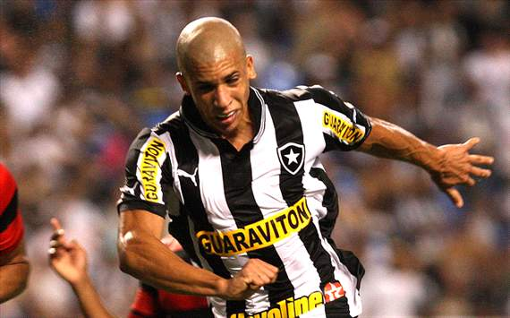 Botafogo reject Juventus bid for Doria