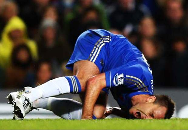 Chelsea captain Terry out for three weeks with knee injury
