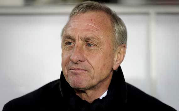 Arsenal must never sack 'incredible' Wenger, says Dutch legend Cruyff