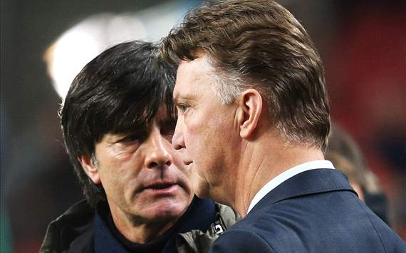 Van Gaal and Low positive despite boring stalemate
