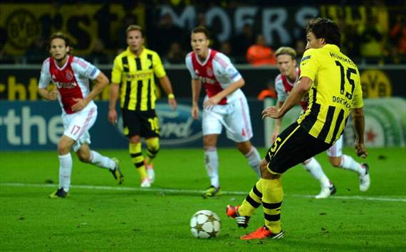 Mats Hummels misses penalty, Borussia Dortmund - Ajax