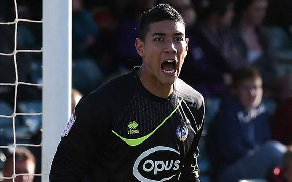 AFF WATCH: Neil Etheridge Bakal Absen