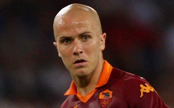 Bradley honoured to play with Totti at Roma