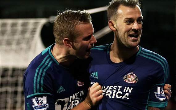 EPL - Fulham v Sunderland, Steven Fletcher and Lee Cattermole