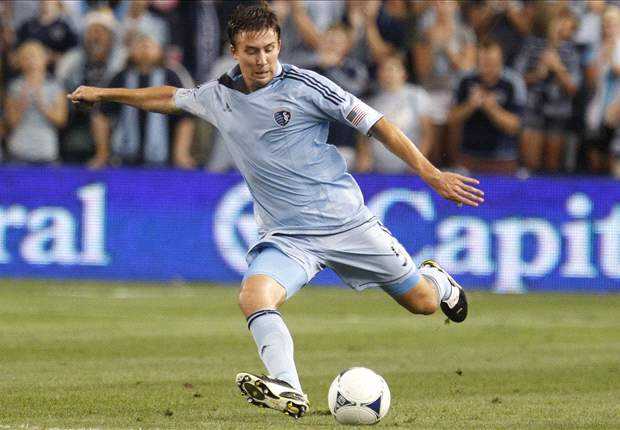 Sporting Kansas City's Matt Besler wins 2012 MLS Defender of the Year award