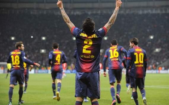 Dani Alves celebra en el Spartak de Moscú-Barcelona