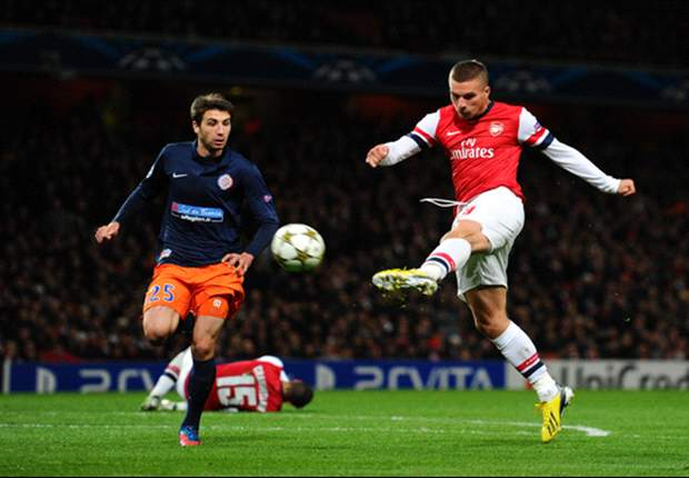Arsenal striker Podolski: We have a chance against Bayern Munich