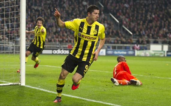 Ajax-Dortmund: Robert Lewandowski
