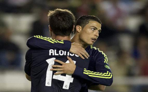 Xabi Alonso afirma que no tem amizade com Cristiano Ronaldo