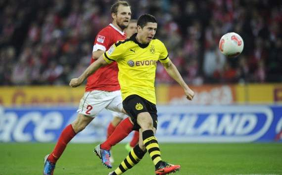 Germany: FSV Mainz 05 - Borussia Dortmund, Robert Lewandowski