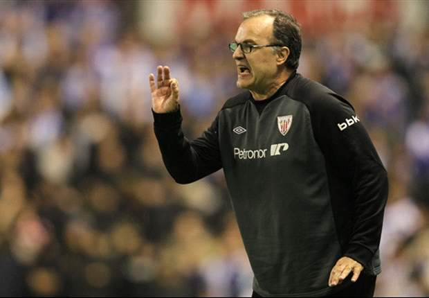 Athletic Bilbao boss Bielsa denies blackmailing Llorente