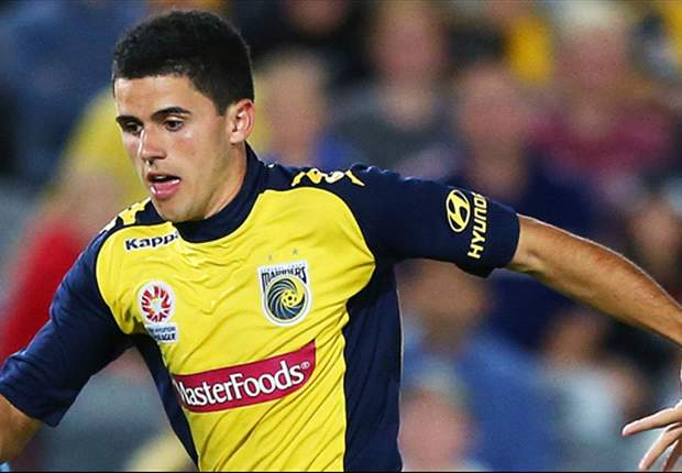 Reading hopeful over January deal for Central Coast Mariners midfielder Tomas Rogic