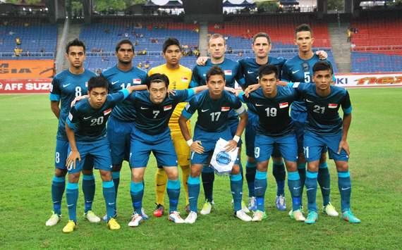 AFF Suzuki Cup 2012 Matchday 2 - Singapore Team (Vs Indonesia)