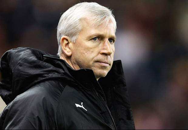 Pardew certain of Newcastle's Premier League survival