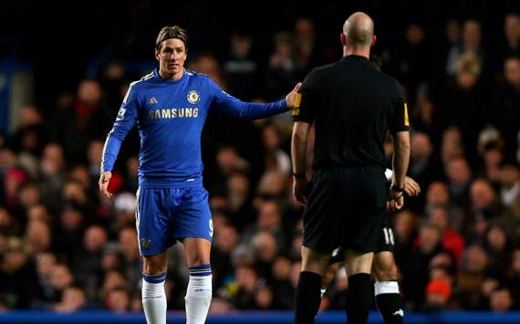 Misfiring but 'amazing' in defence - Chelsea boss Benitez backs Torres