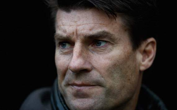Laudrup dismisses Villa to Swansea speculation