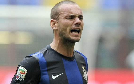 Sneijder 'absolutely not interested' in QPR move, claims agent
