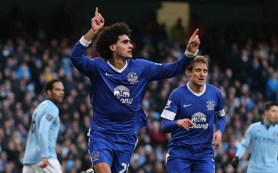 Moyes 'not concerned' by Fellaini transfer speculation
