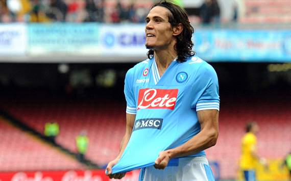 Napoli Ingin Klausul 95 Juta Untuk Edinson Cavani