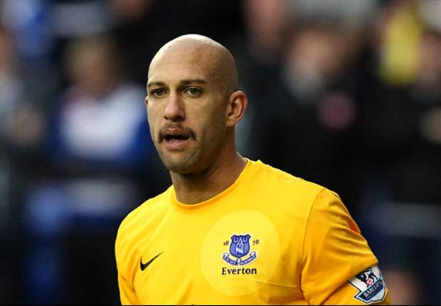 Tim Howard doesn't want to play as long as Brad Friedel
