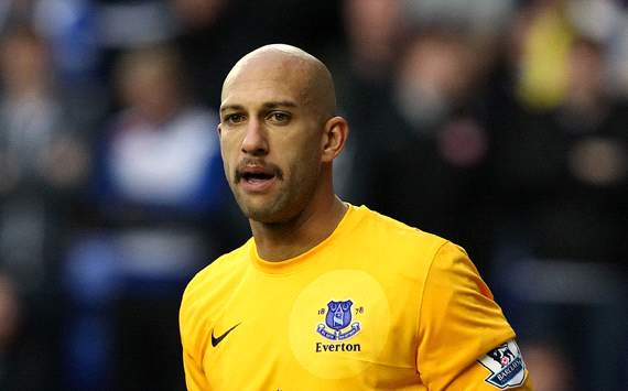Tim Howard ruled out of Everton FA Cup quarter-final against Wigan with broken back bones