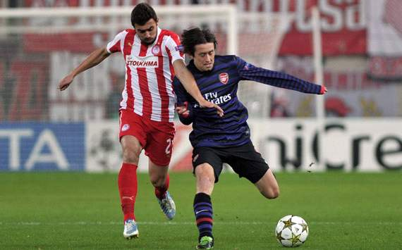 UEFA Champions league, Olympiakos v Arsenal, Giannis Maniatis, Tomas Rosicky 