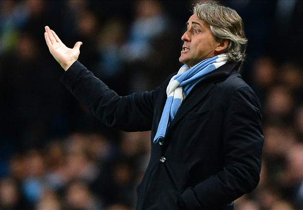 'Seven points are no problem' - Mancini insists Manchester City can catch Manchester United